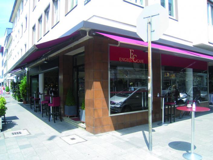 Engels Café